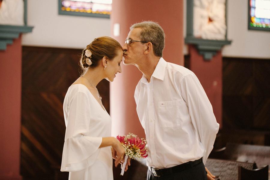 casamento-curitiba-camile-felipe-igreja (130)