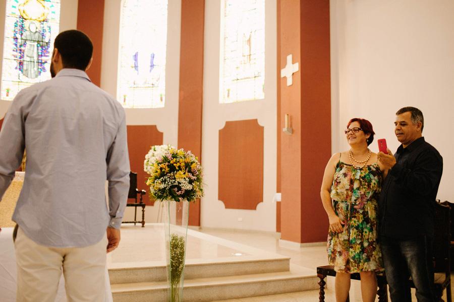 casamento-curitiba-camile-felipe-igreja (141)