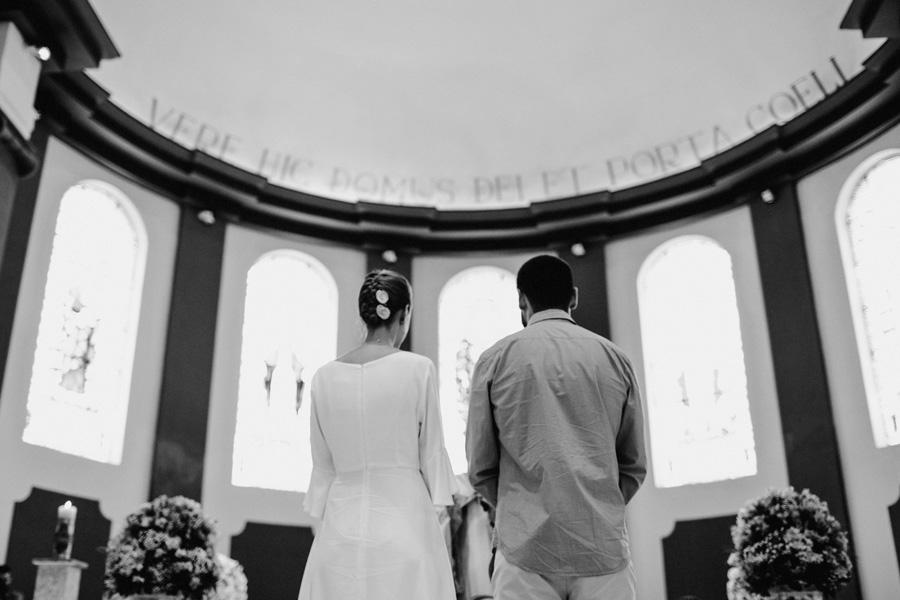 casamento-curitiba-camile-felipe-igreja (145)