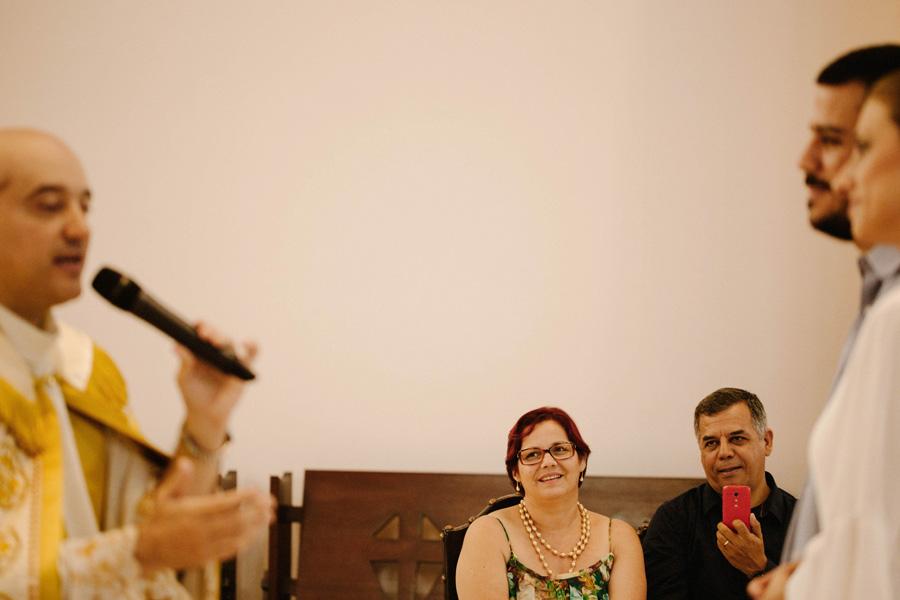 casamento-curitiba-camile-felipe-igreja (189)