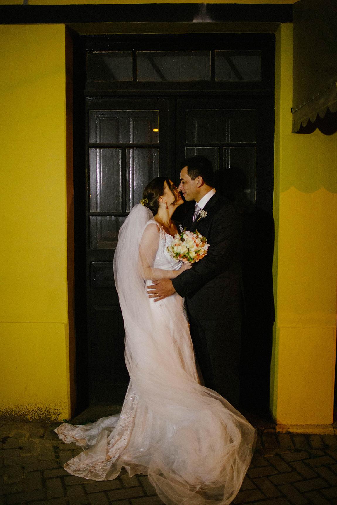 mariana-alves-fotografia-casamento-tais-fabricio-curitiba- (96)