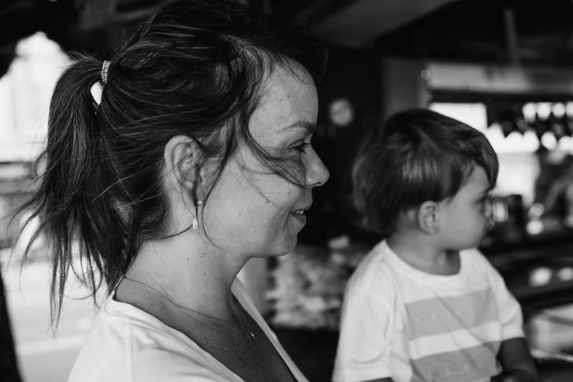 mariana-alves-fotografia-ensaio-documental-balneario-camboriu-denise (37)