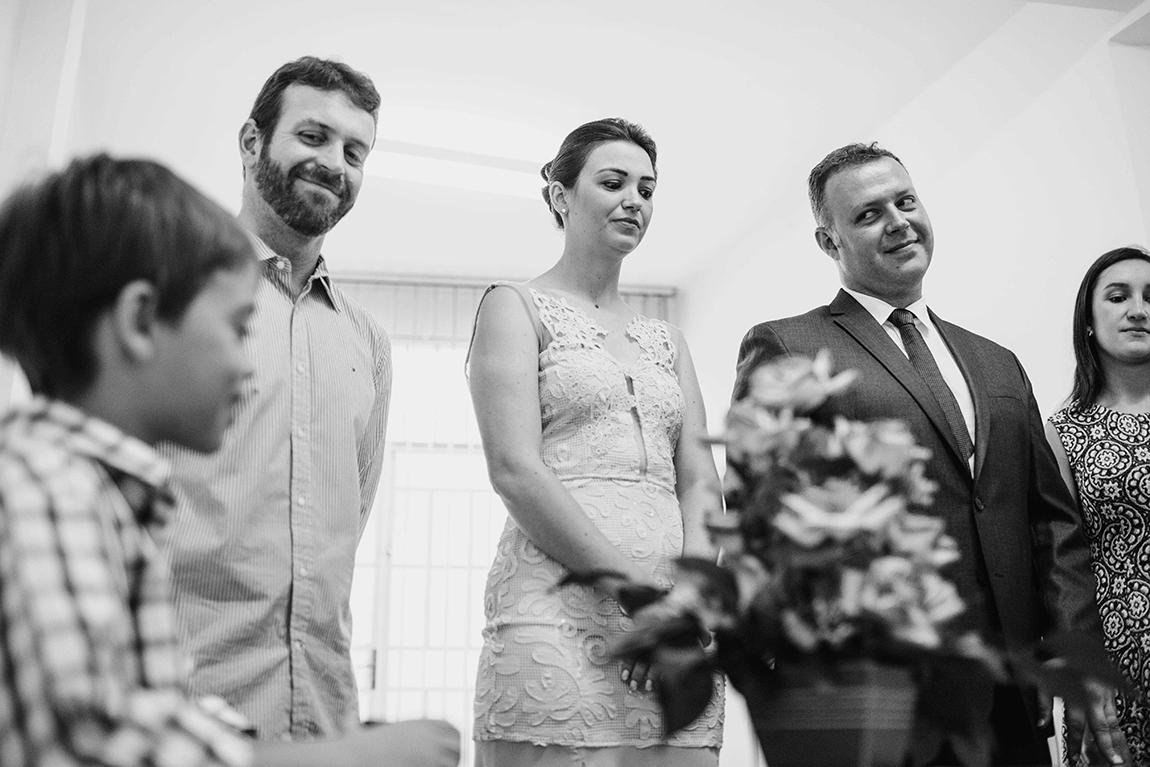 mariana-alves-fotografia-casamento-civil-curitiba-restaurante-pasargada-fabi-andre (42)