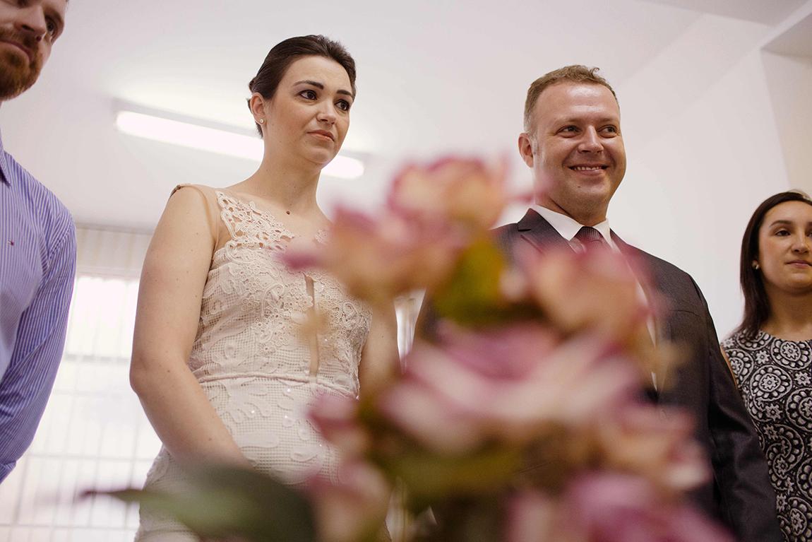 mariana-alves-fotografia-casamento-civil-curitiba-restaurante-pasargada-fabi-andre (49)
