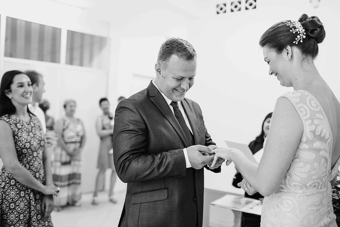 mariana-alves-fotografia-casamento-civil-curitiba-restaurante-pasargada-fabi-andre (83)