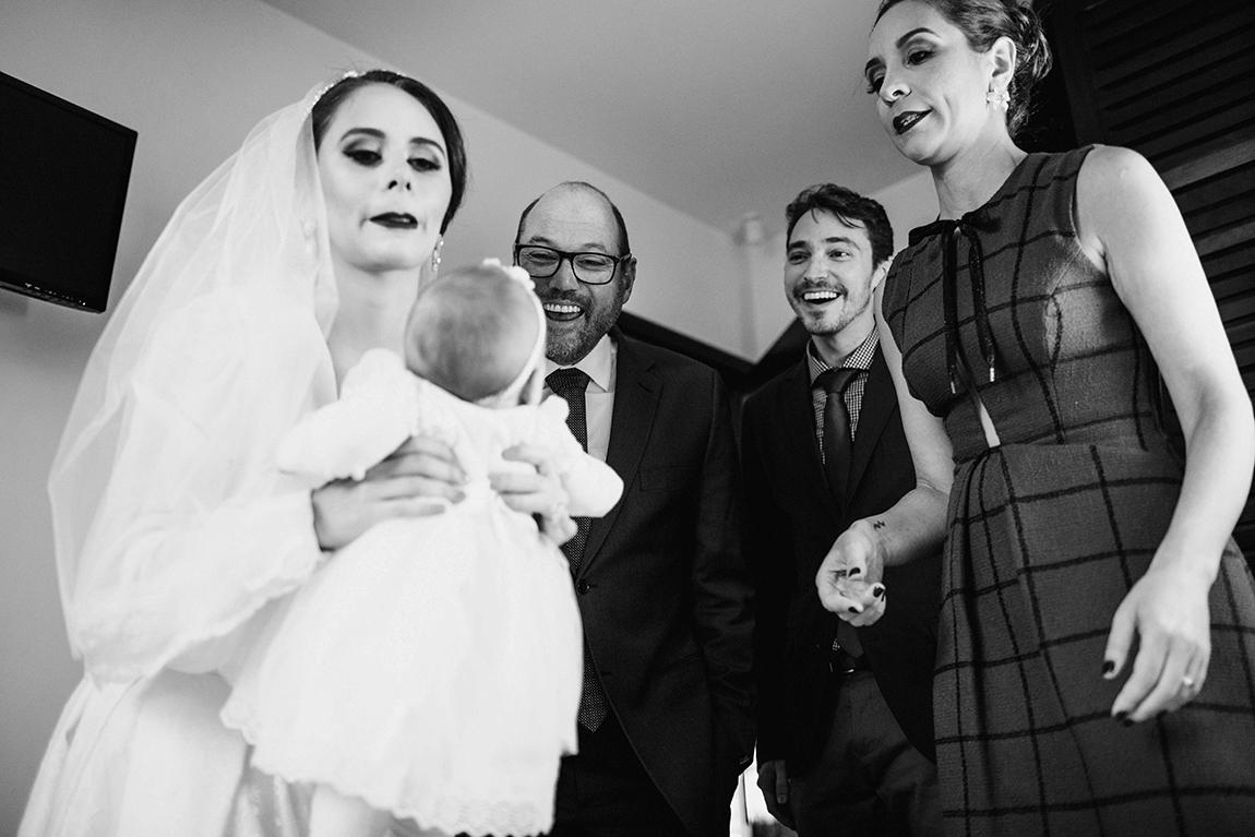 mariana-alves-fotografia-curitiba-casamento-barbara-luis-associacao-juizes (280)