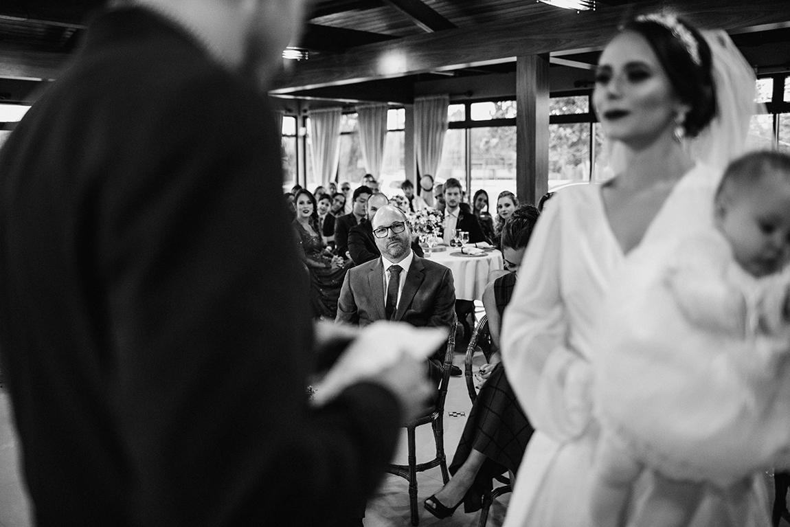mariana-alves-fotografia-curitiba-casamento-barbara-luis-associacao-juizes (404)