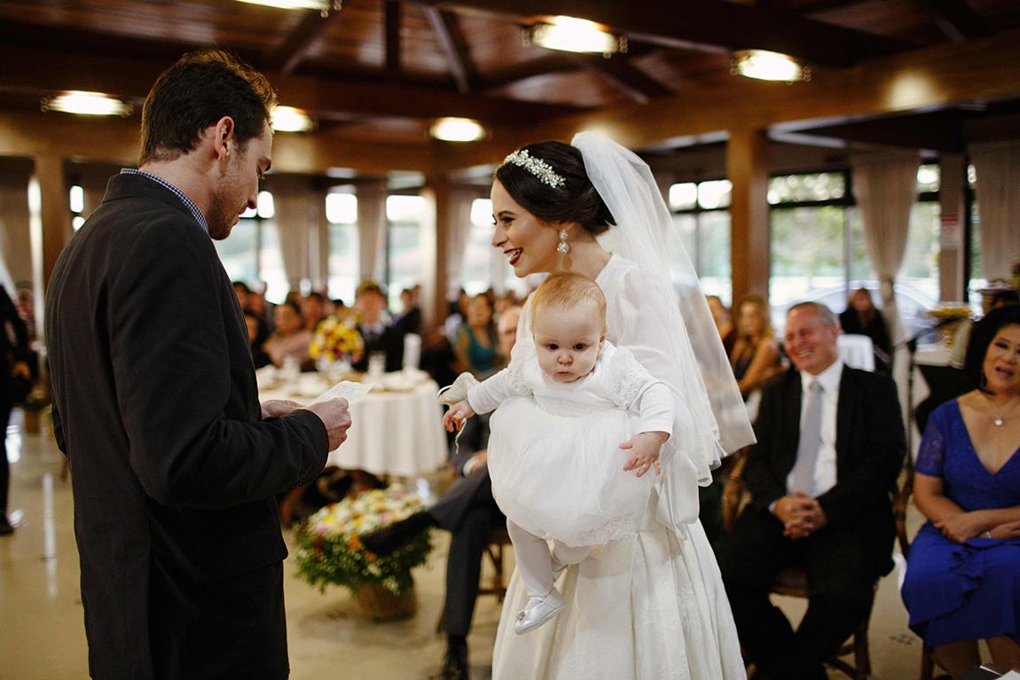 mariana-alves-fotografia-curitiba-casamento-barbara-luis-associacao-juizes (407)