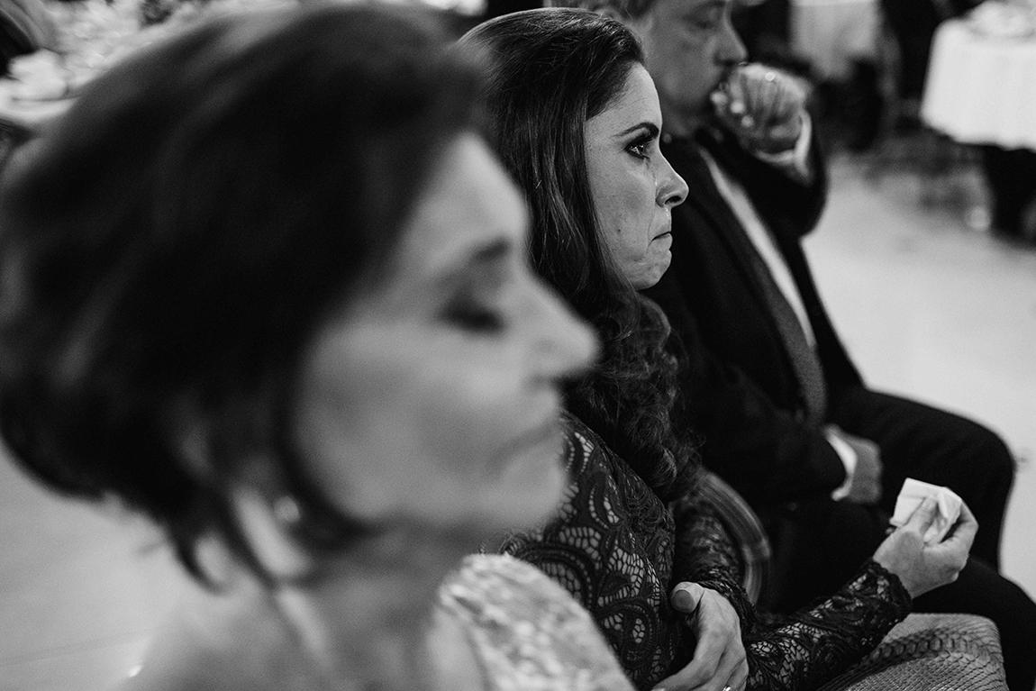 mariana-alves-fotografia-curitiba-casamento-barbara-luis-associacao-juizes (410)