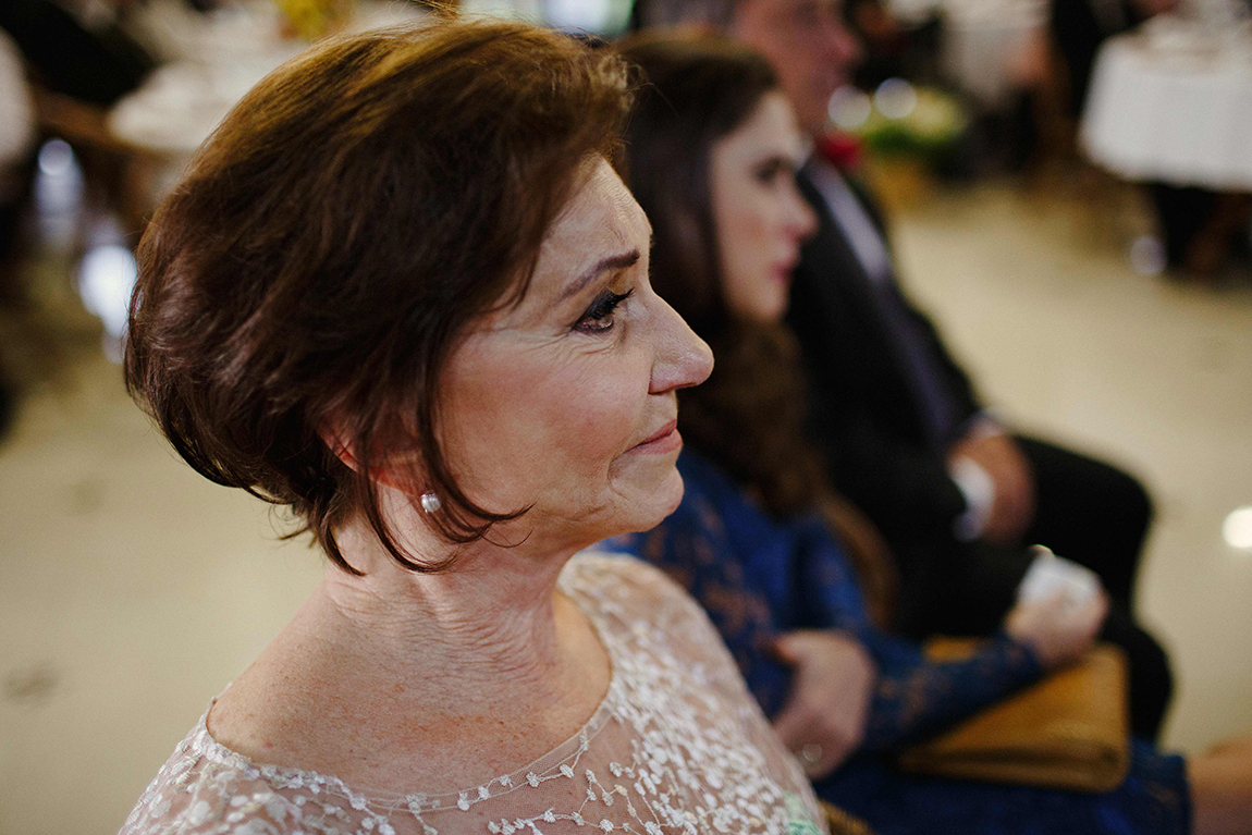 mariana-alves-fotografia-curitiba-casamento-barbara-luis-associacao-juizes (411)