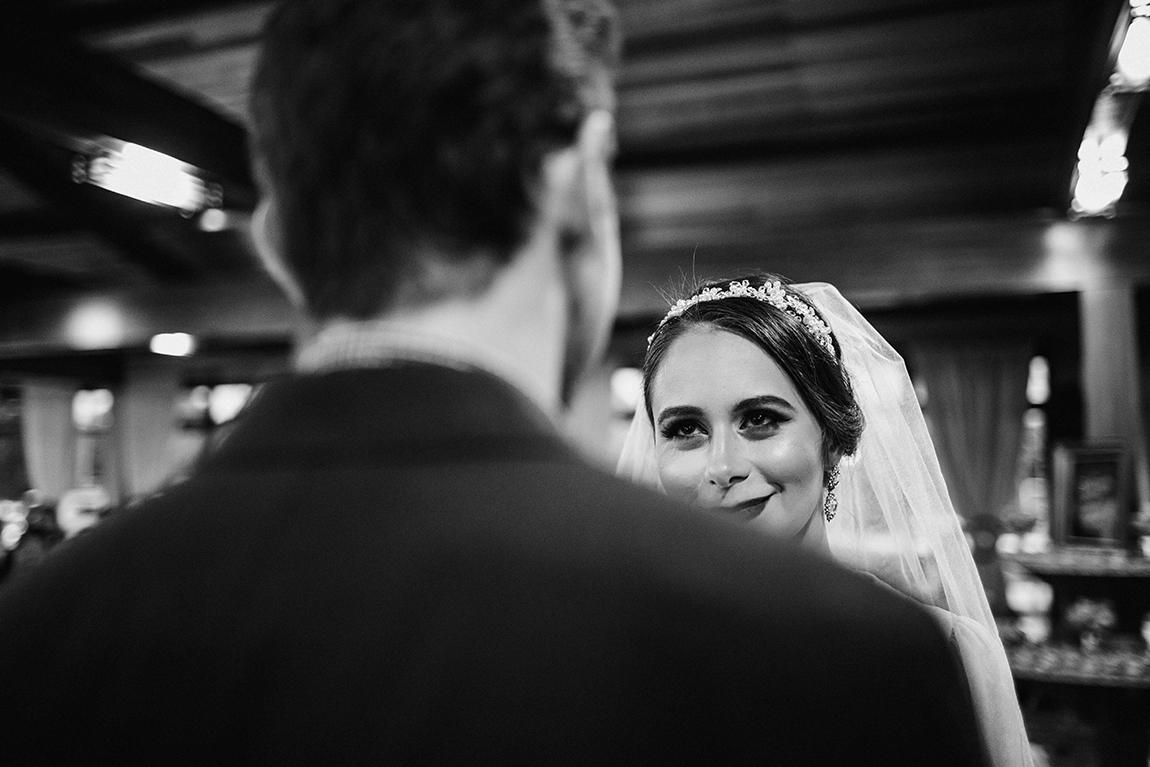 mariana-alves-fotografia-curitiba-casamento-barbara-luis-associacao-juizes (434)