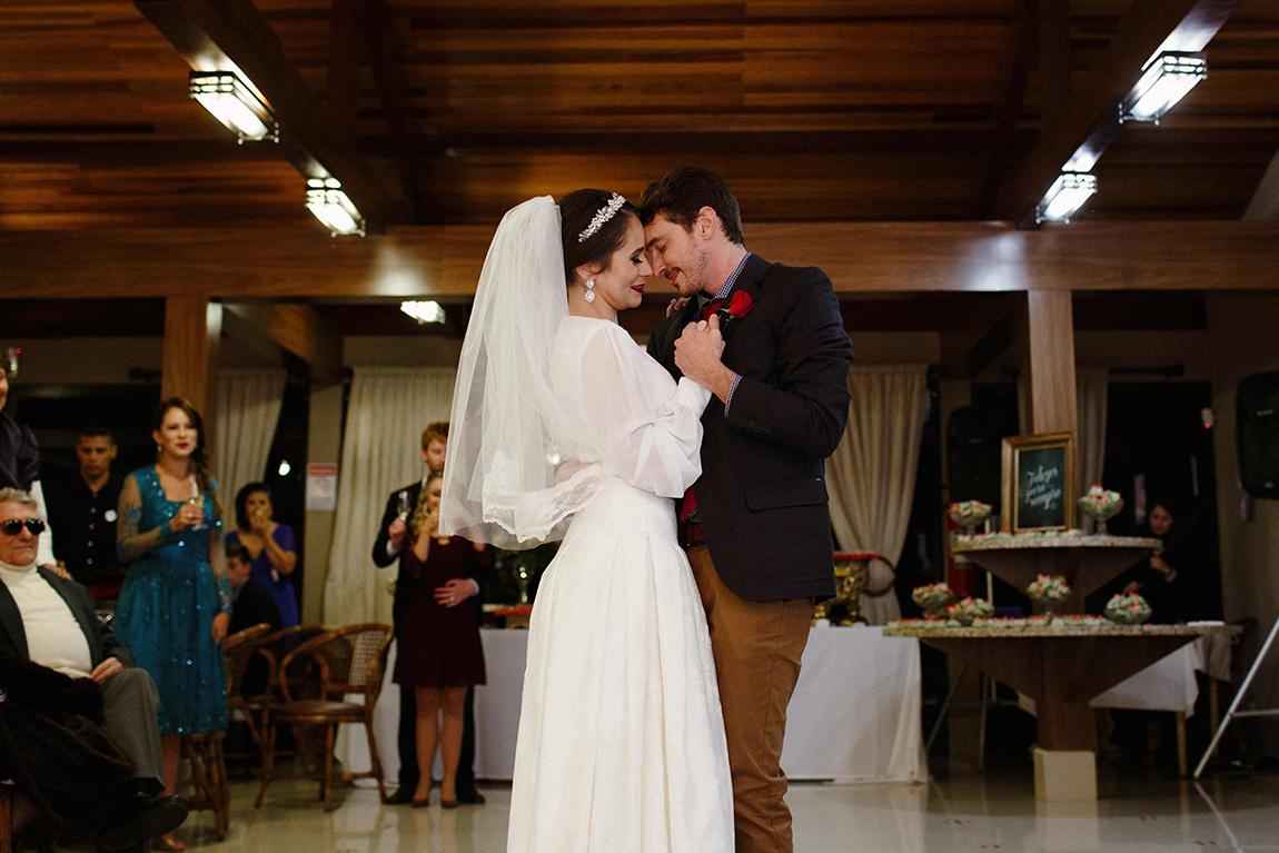 mariana-alves-fotografia-curitiba-casamento-barbara-luis-associacao-juizes (643)
