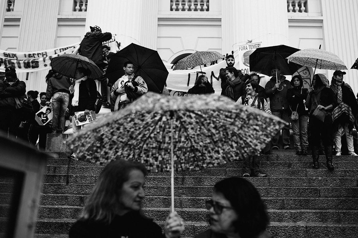 mariana-alves-fotografia-curitiba-dilma-circo-da-democracia (11)