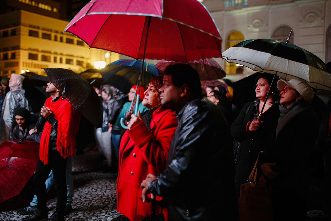 mariana-alves-fotografia-curitiba-dilma-circo-da-democracia (201)