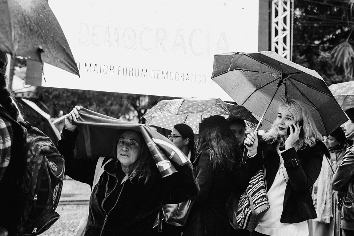 mariana-alves-fotografia-curitiba-dilma-circo-da-democracia (38)