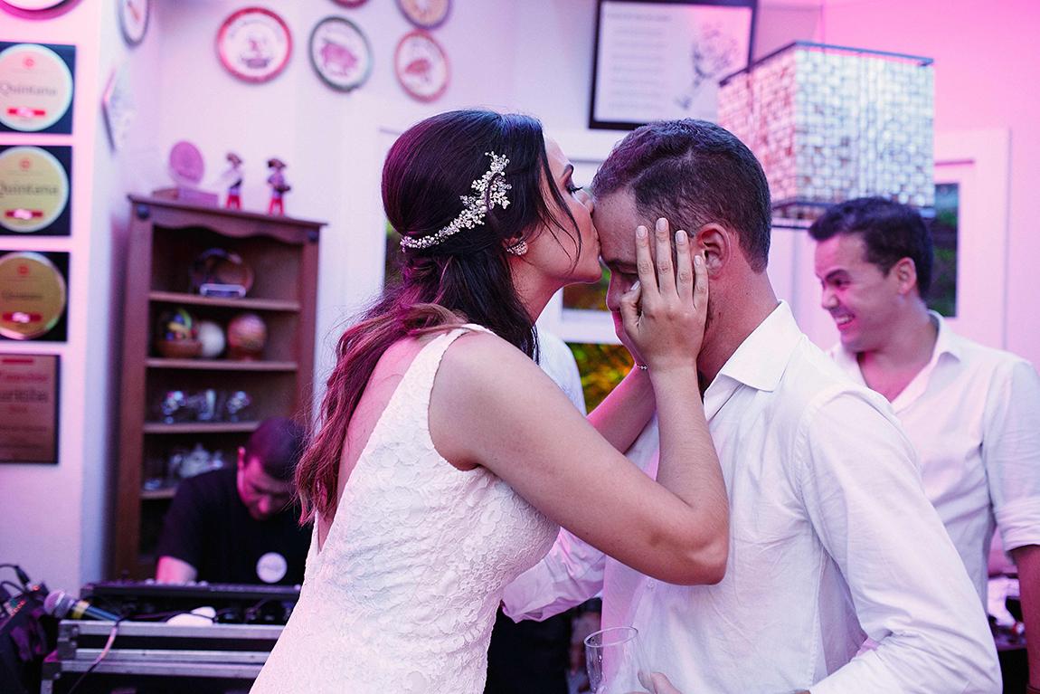 4-mariana-alves-fotografia-curitiba-casamento-cafe-quintana-juliana-augusto- (325)
