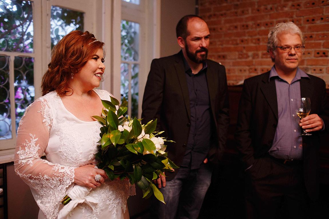 mariana-alves-fotografia-curitiba-casamento-bar-ornitorrinco-vilma-aguiar-kosta (145)