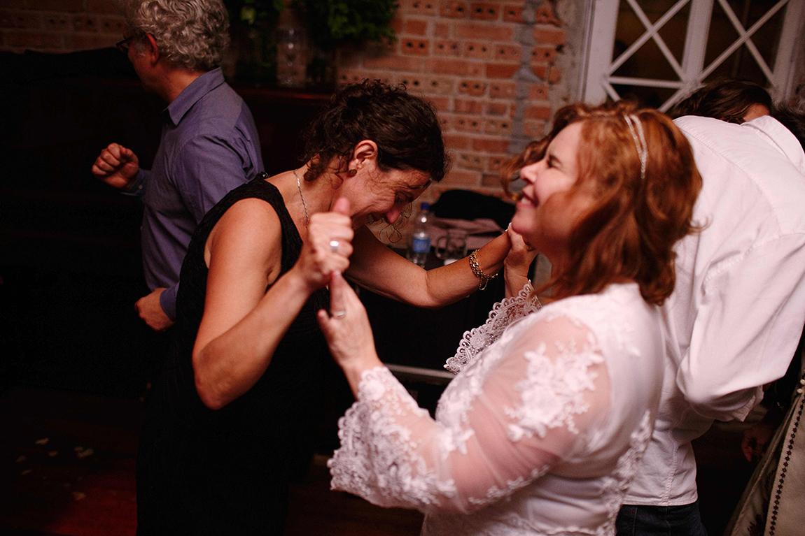 mariana-alves-fotografia-curitiba-casamento-bar-ornitorrinco-vilma-aguiar-kosta (447)